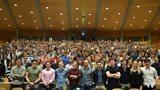 400 freiwillige Helferinnen und Helfer am Symposium